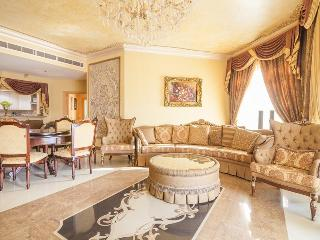 Luxury and spacious 3 BR + Maid on Palm Jumeirah - Dubai vacation rentals