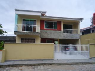 Nice house near Beto Carreto Park - Penha vacation rentals