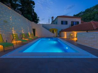 Villa Kogo Apartment 9 with a swimming pool - Hvar vacation rentals
