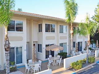 Siesta Key Beach Townhouse with Heated Pool and Accommodates up to 8 Guests - Sarasota vacation rentals