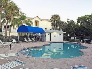 Expansive Views, Walk to Beach and Grocer, Anna Maria Island Vacation Rental - Bradenton Beach vacation rentals