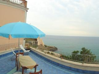 Lovely Sperlonga House rental with A/C - Sperlonga vacation rentals