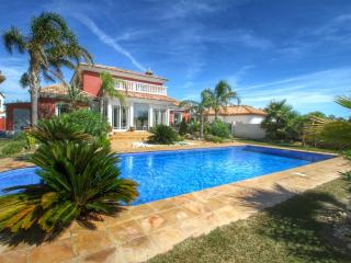 B27 HARLEY grán villa con piscina privada y jardín - Miami Platja vacation rentals