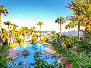 C23 MARTIN2 adosado junto a playa especial niños - L'Hospitalet de l'Infant vacation rentals