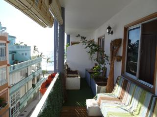 Apartment La Arena,  just 1 minute from the ocean - Los Llanos de Aridane vacation rentals
