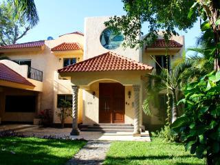 Amazing 7 bedrooms Villa - Playa del Carmen vacation rentals