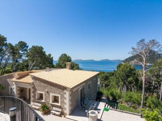 Spacious 5 bedroom Formentor Villa with Internet Access - Formentor vacation rentals