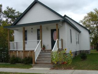 Beautiful 2 bedroom House in Alpena with Internet Access - Alpena vacation rentals