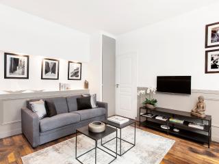 THE RESIDENCE - LUXURY 2 BEDROOM PARIS CENTER 1 - Paris vacation rentals