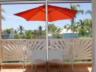 SXMdreamholidays - Orient Bay vacation rentals