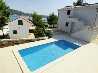 Marina/Sevid - Sevid vacation rentals