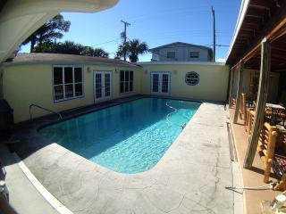 Pool - Bamboo Cottage, near Coast - available now - Lake Worth vacation rentals
