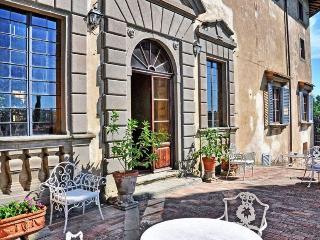 Tuscan Apartment in Historic Castle - Il Castello 25 - Montespertoli vacation rentals