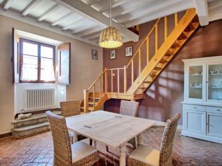 Tuscan Apartment in Historic Castle - Il Castello 28 - Montespertoli vacation rentals