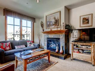 Beautifully Appointed Breckenridge 2 Bedroom Walk to lift - M3308 - Breckenridge vacation rentals