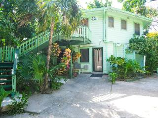 Perfect 1 bedroom House in Roatan - Roatan vacation rentals