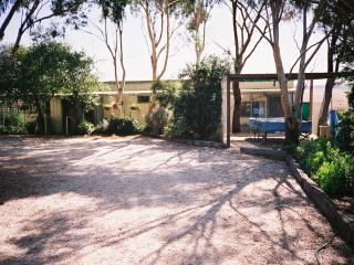 Short drive to the Great Ocean Road, Port Campbell - Cobden vacation rentals