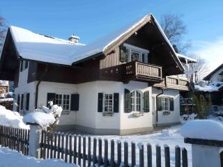 4 Star Alpine Accommodation in Spacious Home - Garmisch-Partenkirchen vacation rentals