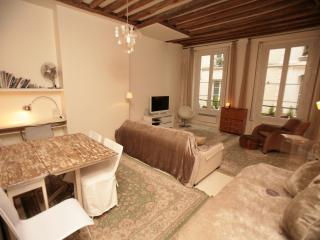 Luxurious Montorgueil 1 Bedroom (344) - 2nd Arrondissement Bourse vacation rentals
