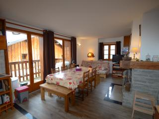 Romantic 1 bedroom Condo in Saint Bon Tarentaise - Saint Bon Tarentaise vacation rentals