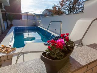 TOMI 3(2208-5628) - Crikvenica vacation rentals