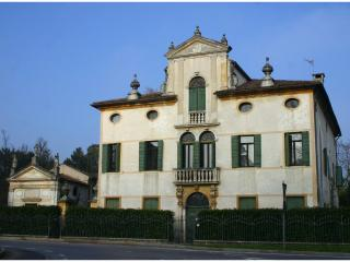 Villa Todeschini - Noventa Padovana vacation rentals
