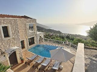 2 bedroom villa for a honeymoon, romantic couple - Kalkan vacation rentals
