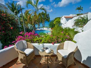 Merlin Bay - Firefly - Ideal for Couples and Families, Beautiful Pool and Beach - The Garden vacation rentals