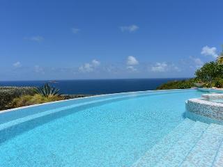 Located in the exclusive Montjean hillside - Marigot vacation rentals
