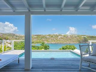 Teora - Ideal for Couples and Families, Beautiful Pool and Beach - Marigot vacation rentals