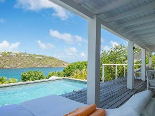 Walking distance to Marigot Bay - Marigot vacation rentals