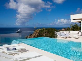 Vitti - Ideal for Couples and Families, Beautiful Pool and Beach - Lurin vacation rentals