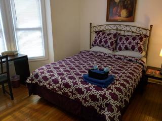 Cozy Master Private Suite w/ Queen Bed & Sofa Bed - Hamilton vacation rentals