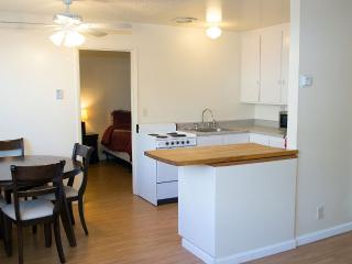 2 Bdrm 1 Bath Apartment In A Safe Community - Sacramento vacation rentals