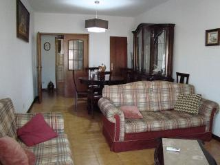 3 bedroom apartment close to everything, beaches - Portimão vacation rentals