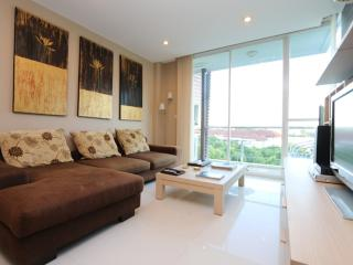 Attractive Luxury One Bedroom Condo Peaks Garden - Chiang Mai vacation rentals