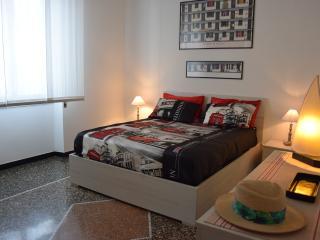 Alexandra apartment near metro - Genoa vacation rentals