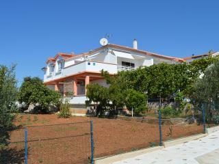 Th00513 Apartments Bogdan / Two bedrooms A1 - Tribunj vacation rentals