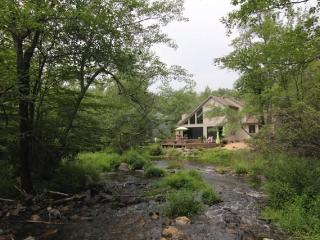 Streamfront,Modern Style, in Exclusive Pocono Lake - Pocono Pines vacation rentals