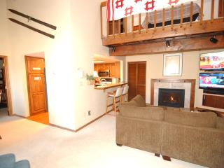 Brian Head Penthouse North, Pool, Ski-i/o Sleep 16 - Brian Head vacation rentals