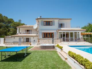 Comfortable 4 bedroom Vacation Rental in Port de Pollenca - Port de Pollenca vacation rentals