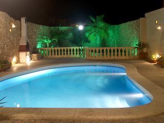 Barumbara Farmhouse with private pool - Sanat vacation rentals