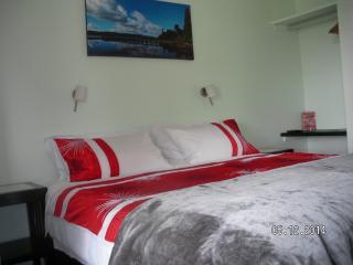 Mahinapua Retreat, B & B, Rata Room - Hokitika vacation rentals