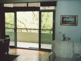""" The National,"" Canberra.1 bedroom available. - Canberra vacation rentals"