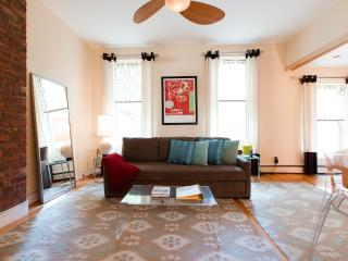 Apartment Sol, Beautifully Sun Filled, Manhattan - New York City vacation rentals