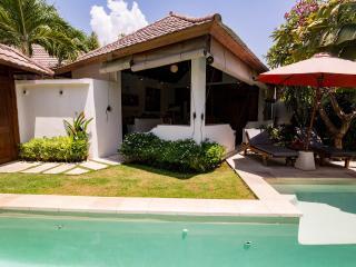 Romantic 1 Bedroom Villa at Seminyak with pool - Seminyak vacation rentals