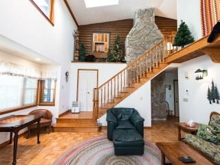 Shiloh-Large, Updated Home with Amazing Views!!! - Waynesville vacation rentals
