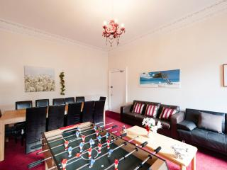 5 Bedroom Holiday Let - City Centre - Edinburgh vacation rentals