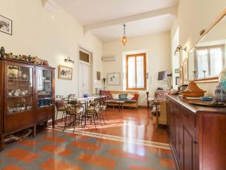 Single Room in a garden house - Rome vacation rentals