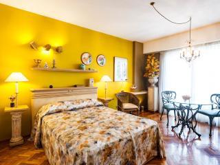 Design Studio 2 Pax Downtown - Buenos Aires vacation rentals